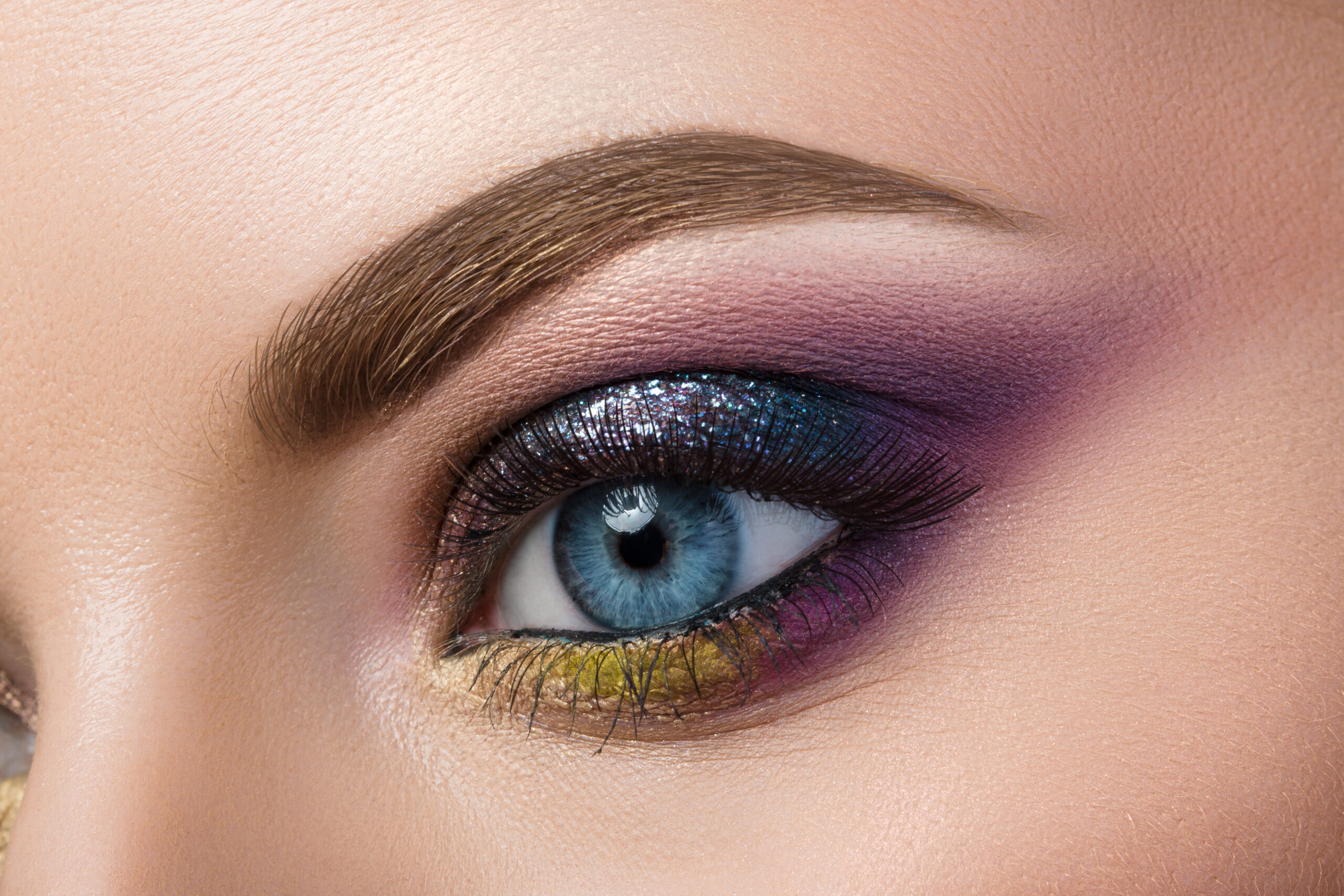 Eye Shadow Hues That Will Make Your Eye Color Pop
