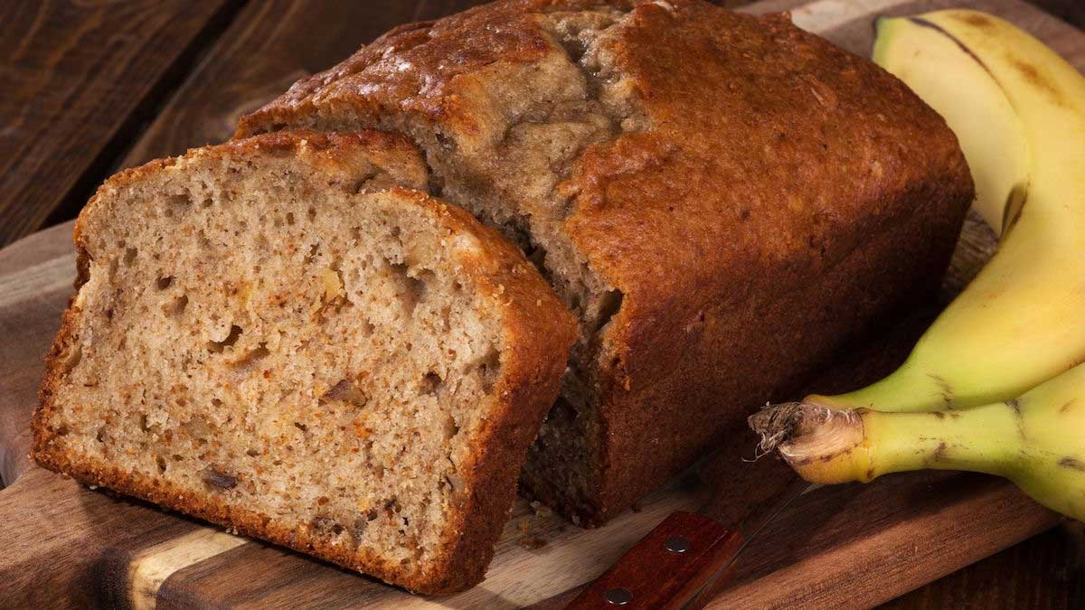 The Yummiest Banana Bread Recipe on the Planet