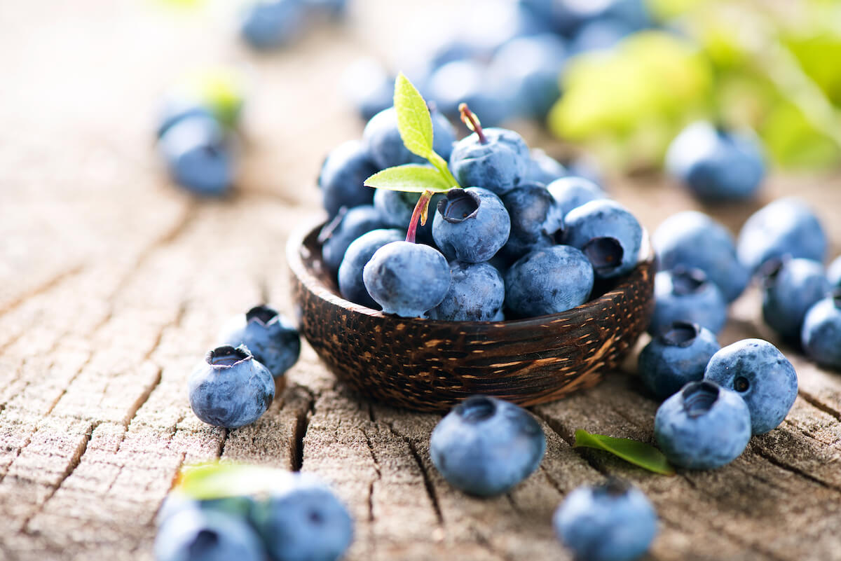 The Ultimate DIY Fresh Blueberry Anti-Aging Mask