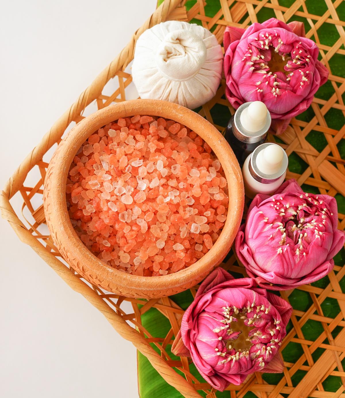 DIY Pretty in Pink Bath Soak