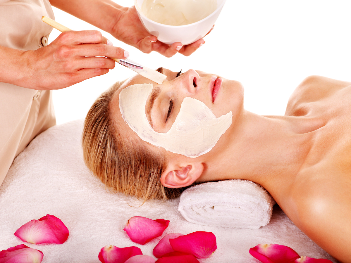 rose and sandalwood face mask