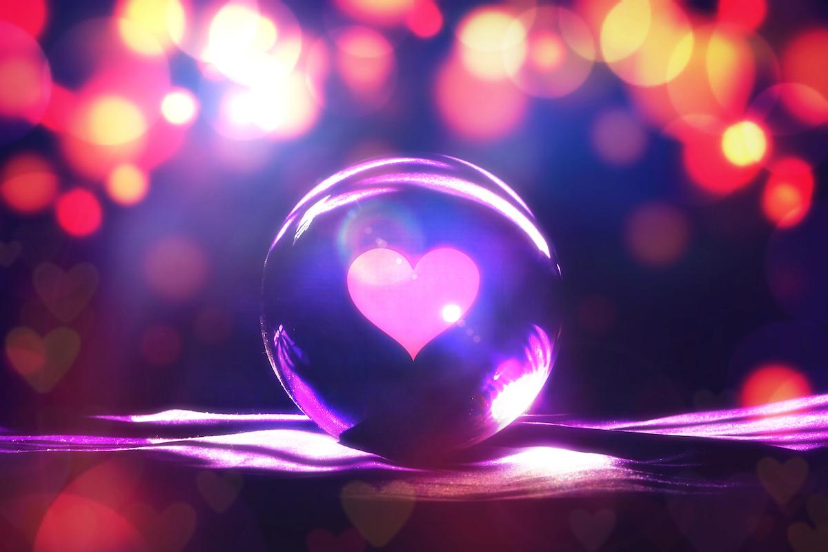 fortune,teller,concept,,love,prediction,,,broken,heart,or,get