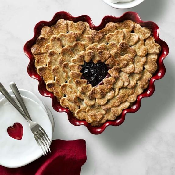 Emile Henry Ruffled Heart Dish C