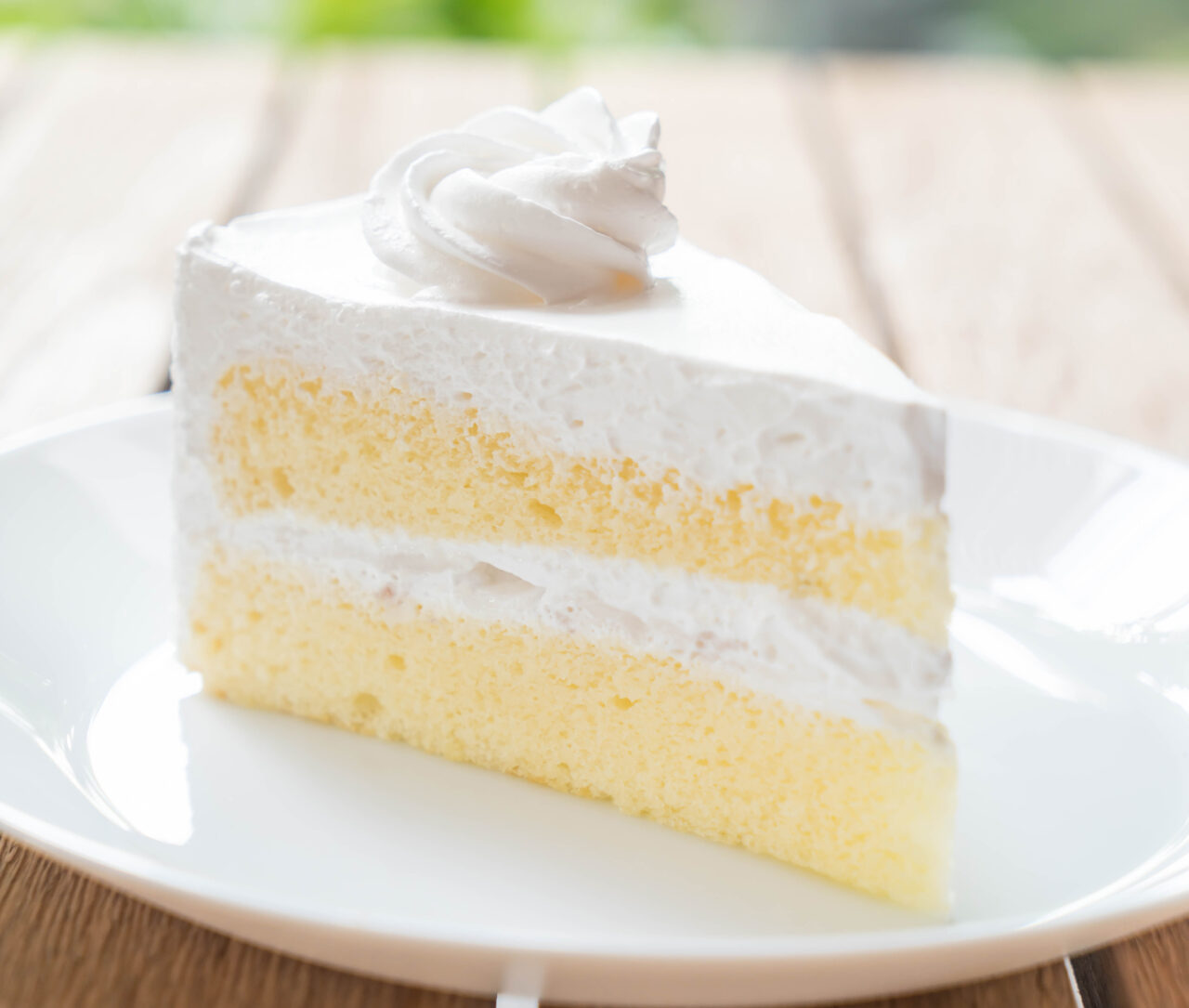Keto Friendly Vanilla Cake with Scrumptious Butter Cream Frosting