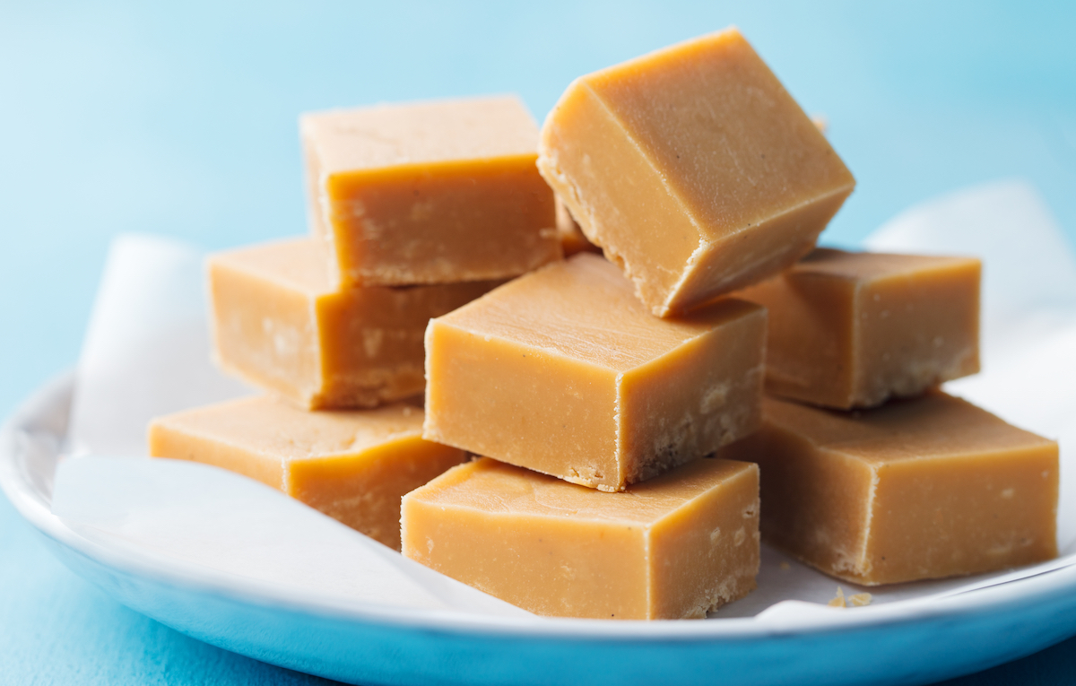 two ingredient peanut butter fudge